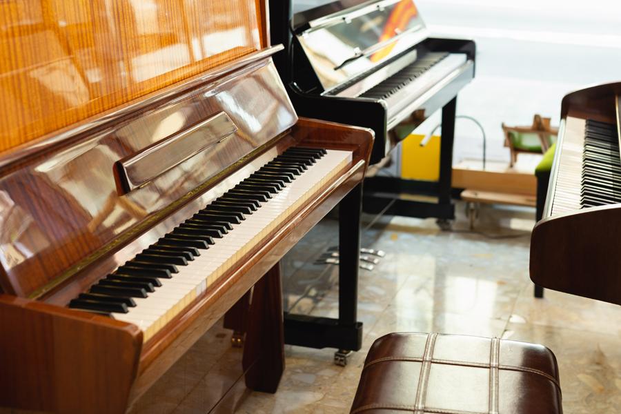 Multiple pianos